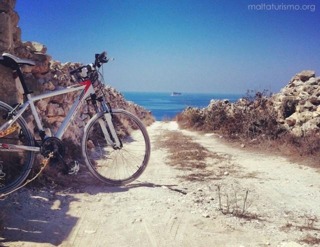 cala escondida bicicleta