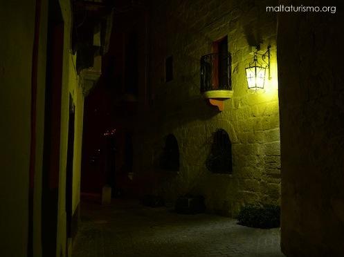 Casa en el medio de la noche en Birkirkara