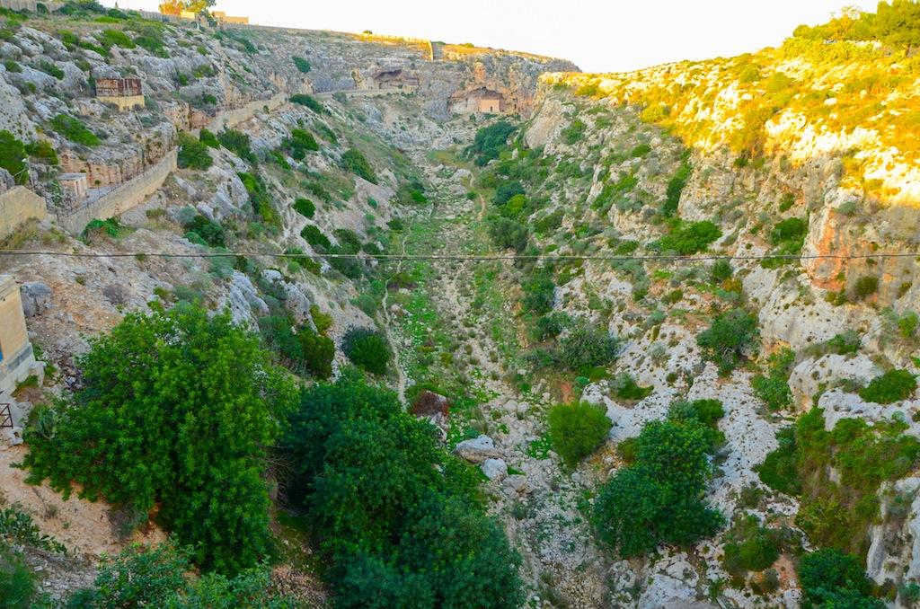 camino hacia la capilla san pablo hermitaño