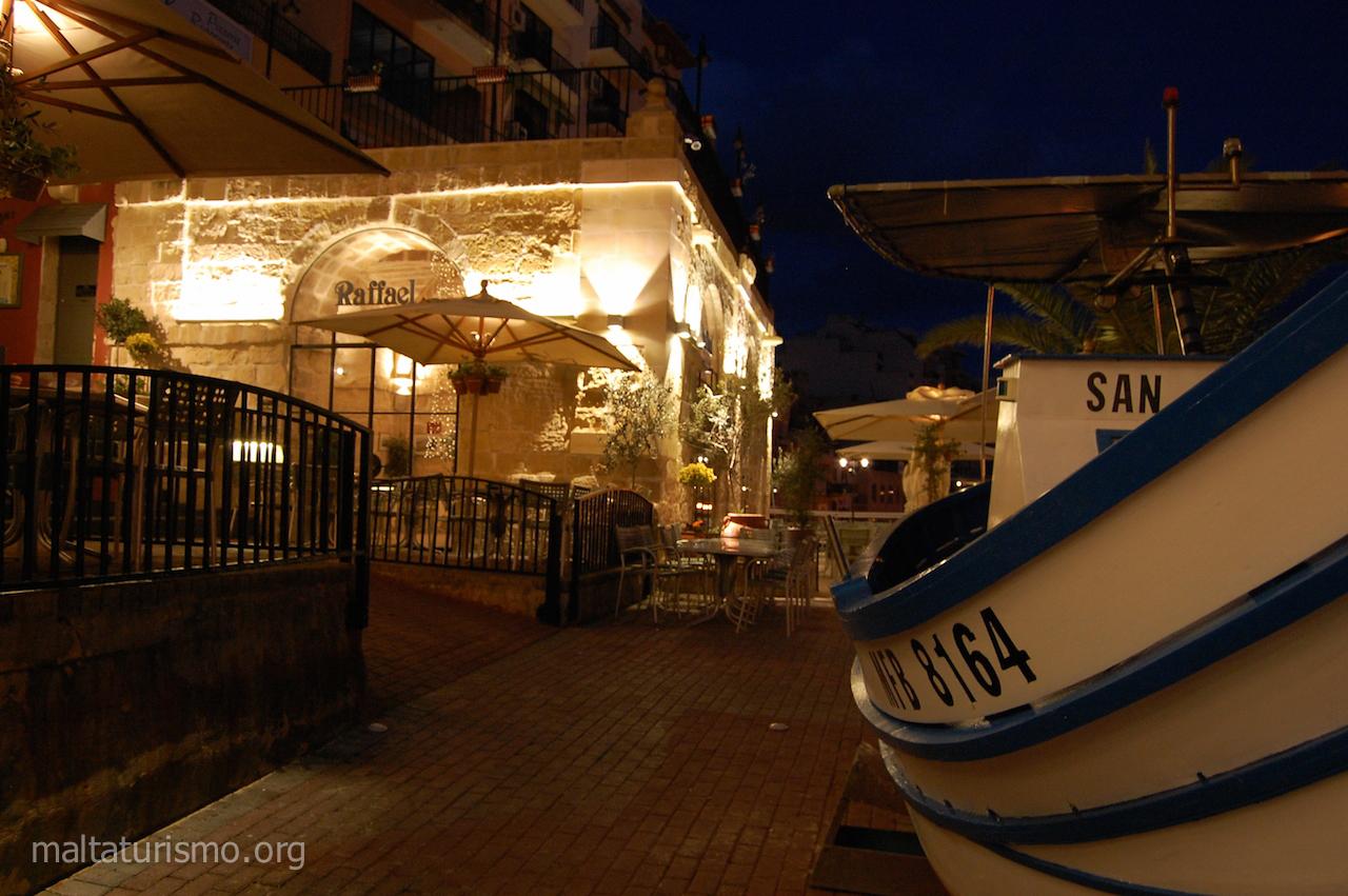 Restaurantes y barcos