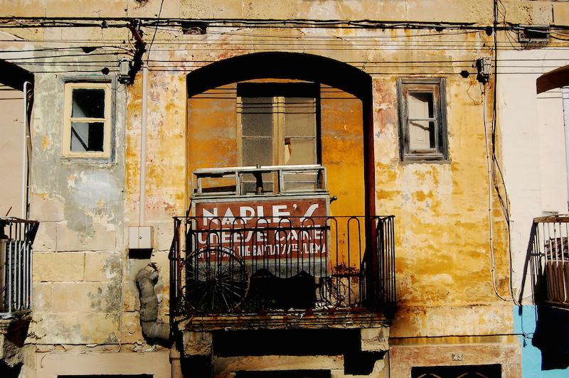 Terraza abandonada en Kordin - Malta