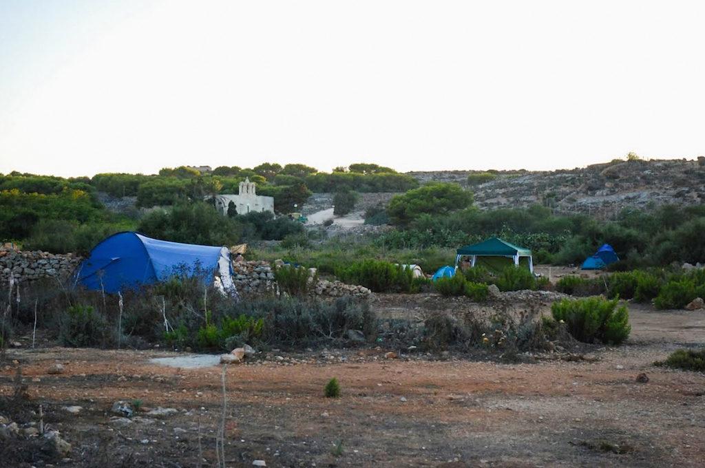 Acampar en Comino Malta